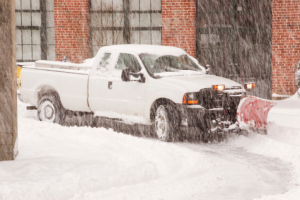 How to Hire a Reputable Snow Removal Service
